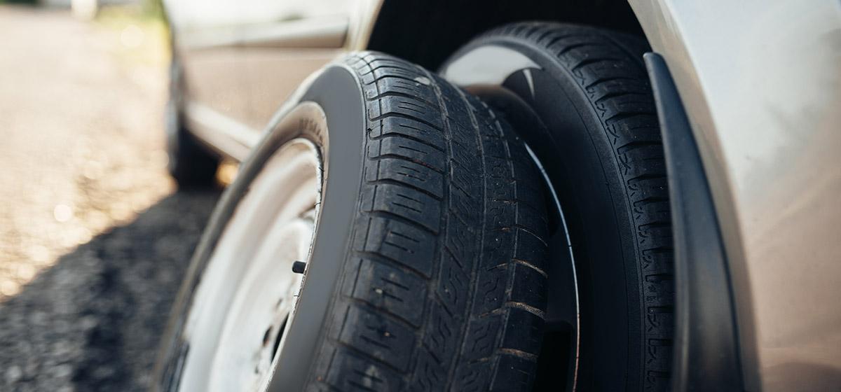 ruedas y accesorios remolques
